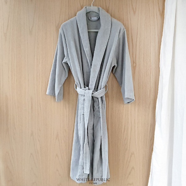 Dorchester Bathrobe - Light Grey (Male)