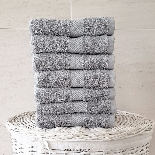 Savoy Collection Hand Towel - Light Grey