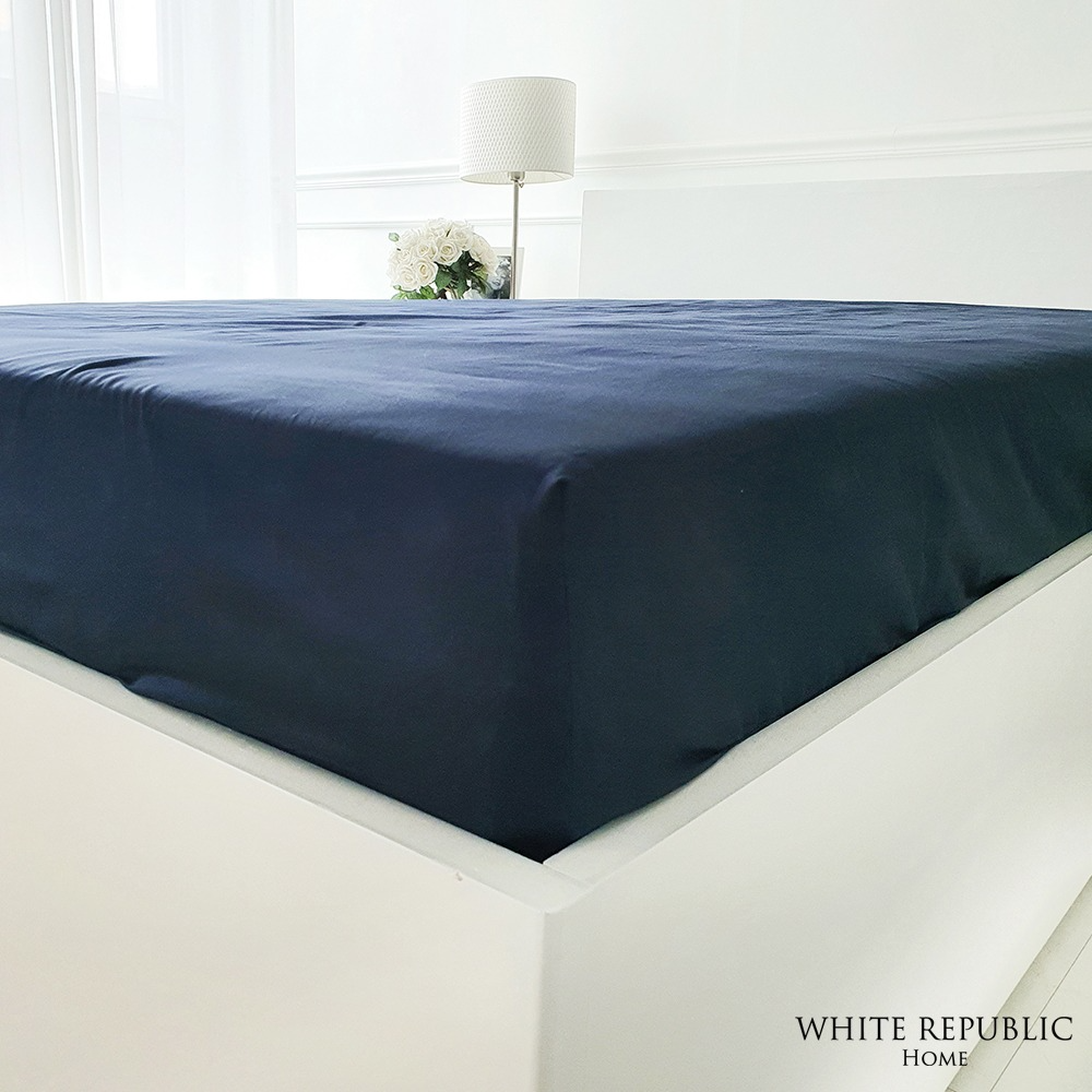 WR Signature Fitted Sheet - Navy (SS, Q, K, EK)